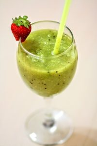supergreen smoothie for breakfast
